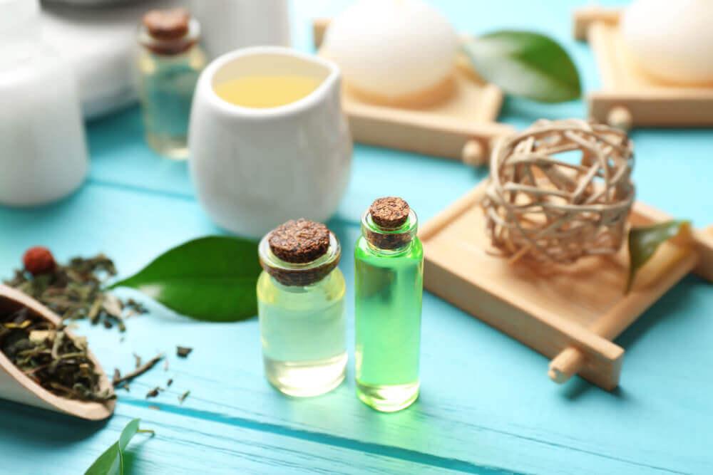 Tea Tree Oil and Coconut Oil