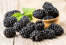 Blackberries nutrition facts and calorie