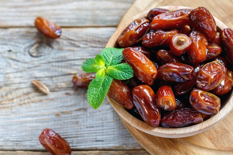 dates nutrition facts and calorie