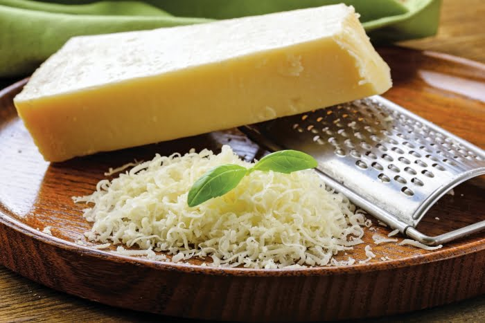 parmesan cheese nutrition facts and calorie