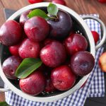 10 Effective Plums Health Benefits