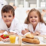 Healthy Foods You Should Be Feeding Your Kids For Breakfast