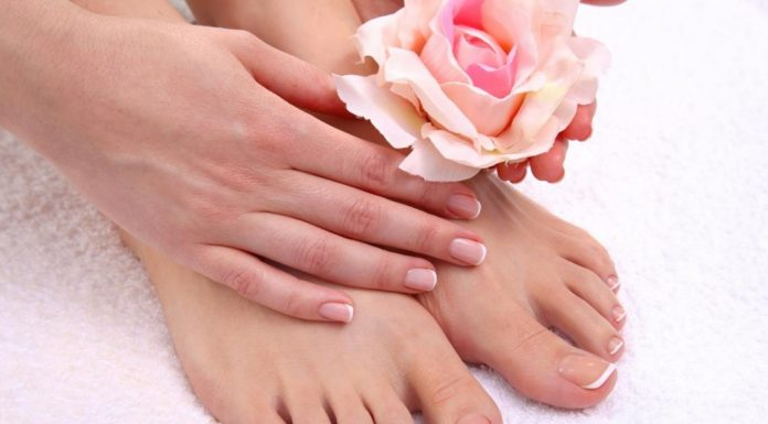 How To Do A French Pedicure At Home